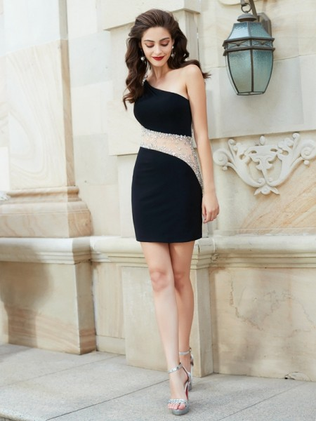 Sheath/Column Black Net Short/Mini Homecoming Dresses with Beading