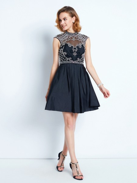 A-Line/Princess Black Satin Short/Mini Homecoming Dresses with Beading