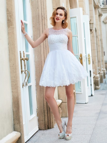 A-Line/Princess White Lace Short/Mini Dresses with Pearls
