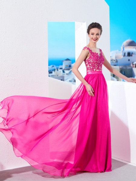 A-Line/Princess Fuchsia Chiffon Sweep/Brush Train Dresses with Applique