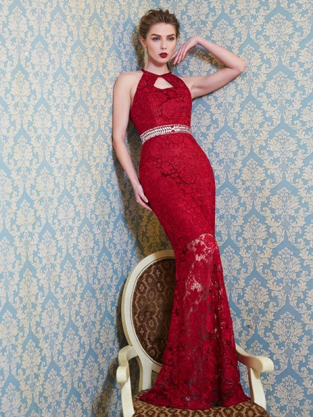 Sheath/Column Red Lace Floor-Length Dresses with Beading