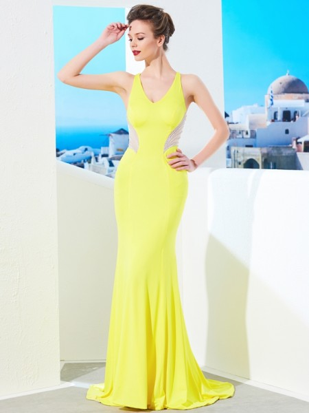 Trumpet/Mermaid Yellow Spandex Sweep/Brush Train Dresses with Beading