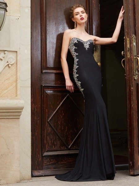Sheath/Column Black Spandex Sweep/Brush Train Dresses with Sequin