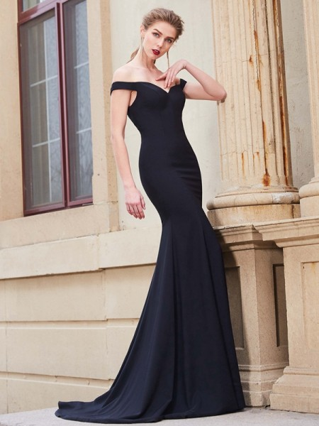 Trumpet/Mermaid Dark Navy Satin Sweep/Brush Train Dresses with Ruffles