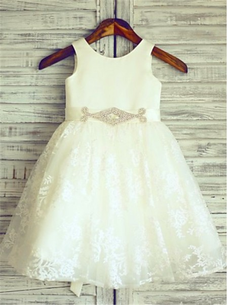 A-Line/Princess Ivory Lace Floor-Length Flower Girl Dresses with Sash/Ribbon/Belt