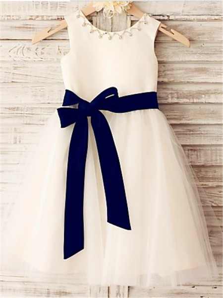 A-Line/Princess White Tulle Tea-Length Flower Girl Dresses with Bowknot