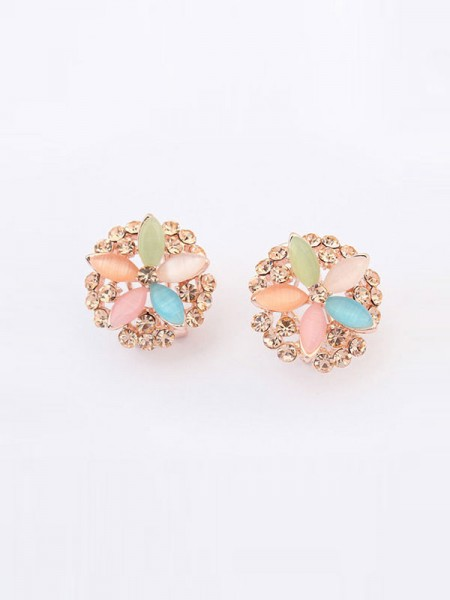 SheenOut Fashionable Five Flowers Exquisite Ear Clip