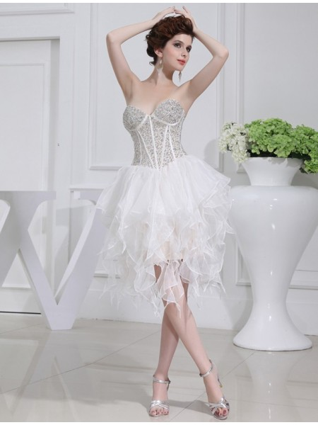 A-Line/Princess White Organza Short/Mini Homecoming Dresses with Beading