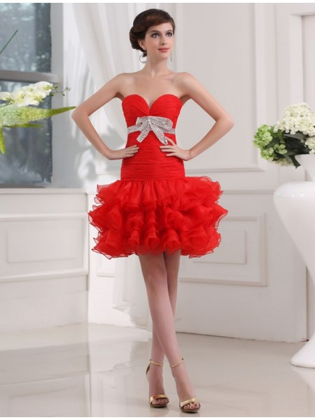 A-Line/Princess Red Organza Short/Mini Homecoming Dresses with Beading