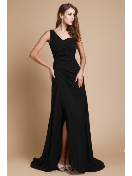 A-Line/Princess Black Chiffon Sweep/Brush Train Dresses with Ruffles
