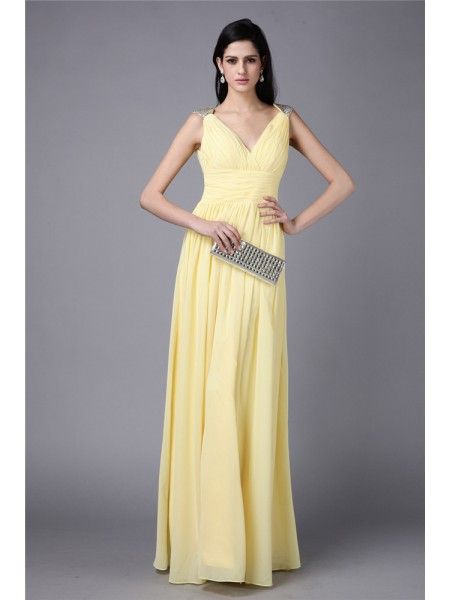 Sheath/Column Daffodil Chiffon Floor-Length Dresses with Beading