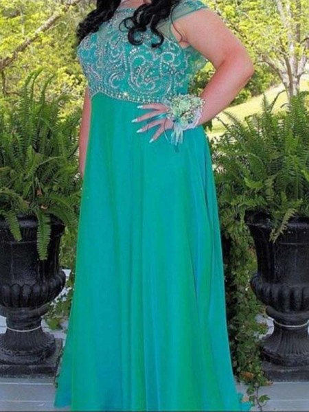 A-Line/Princess Scoop Sleeveless Beading Floor-Length Chiffon Plus Size Dresses