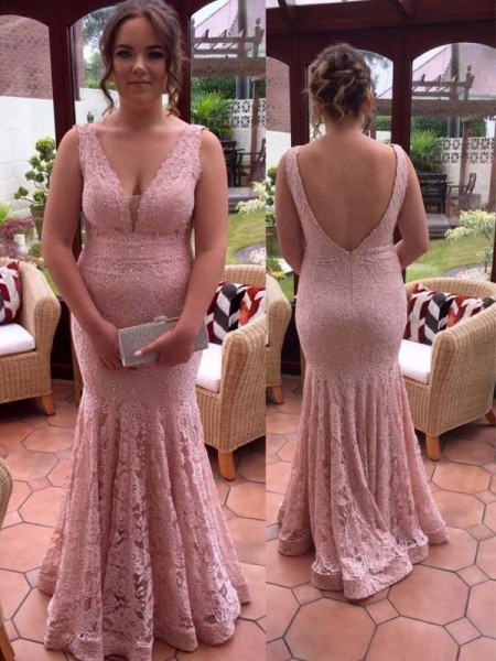 Trumpet/Mermaid V-neck Sleeveless Beading Floor-Length Lace Plus Size Dresses