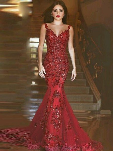 Trumpet/Mermaid Red Tulle Sweep/Brush Train Dresses with Applique