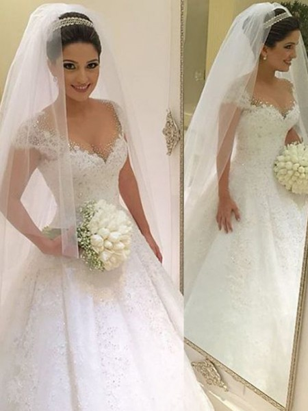 Ball Gown White Tulle Floor-Length Wedding Dresses with Beading
