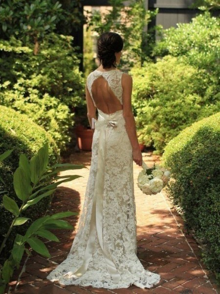 Sheath/Column White Lace Sweep/Brush Train Wedding Dresses