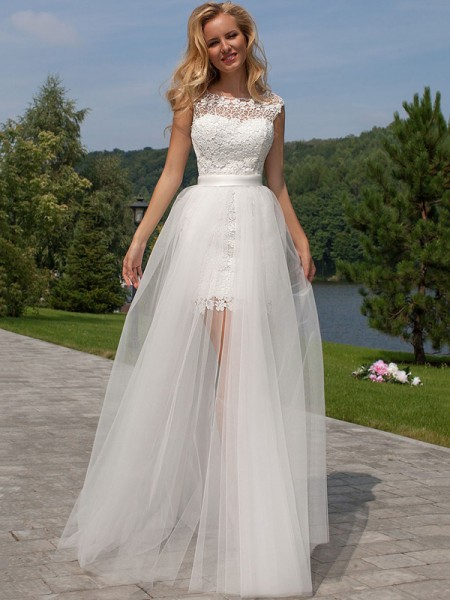 Sheath/Column White Tulle Floor-Length Wedding Dresses with Lace
