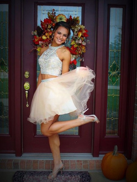 A-Line/Princess Champagne Tulle Short/Mini Homecoming Dresses with Beading