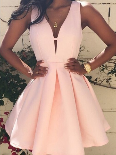 A-Line/Princess Pink Satin Short/Mini Homecoming Dresses