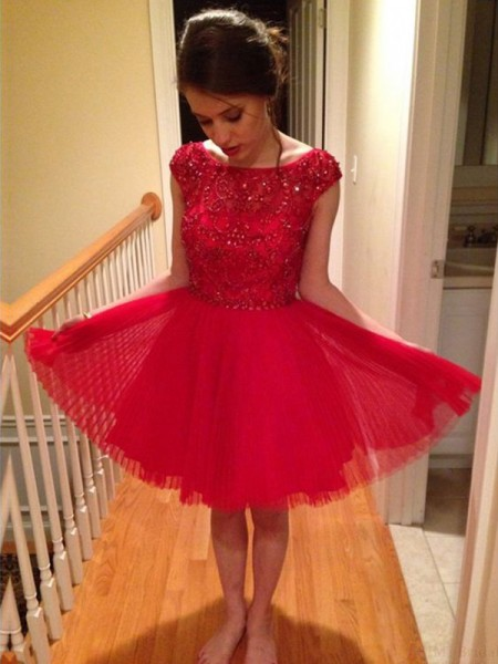 A-Line/Princess Red Tulle Short/Mini Homecoming Dresses with Beading