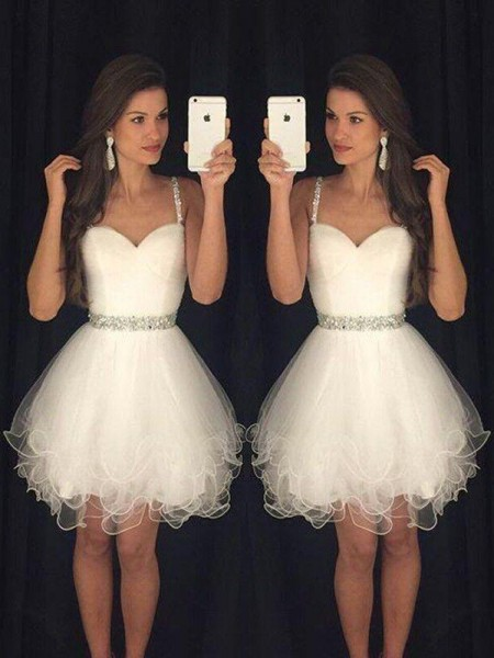 A-Line/Princess White Tulle Short/Mini Homecoming Dresses with Beading
