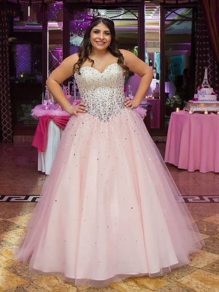 Ball Gown Pearl Pink Tulle Floor-Length Dresses with Beading