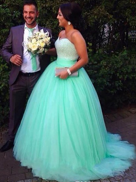 Ball Gown Green Tulle Sweep/Brush Train Dresses with Beading