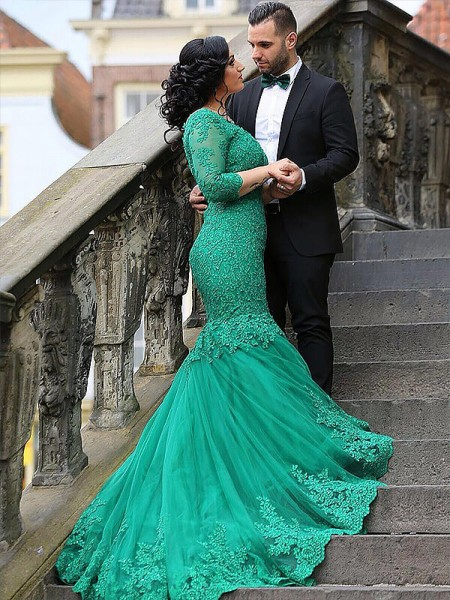 Trumpet/Mermaid Green Tulle Sweep/Brush Train Dresses with Applique