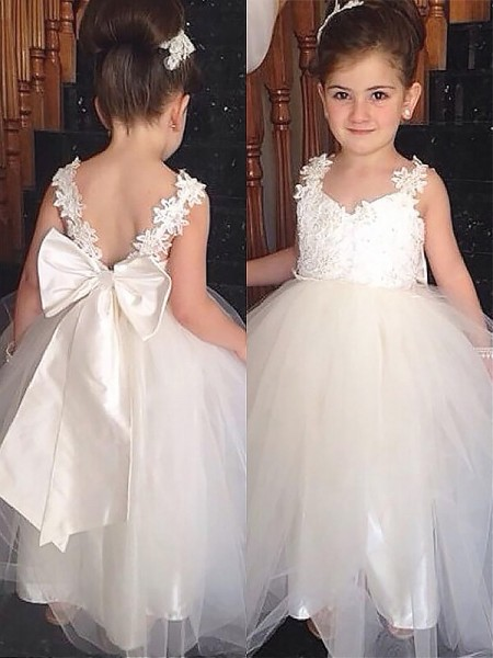 Ball Gown Ivory Tulle Floor-Length Flower Girl Dresses with Bowknot