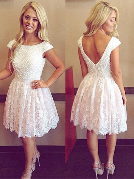 A-Line/Princess White Lace Short/Mini Homecoming Dresses with Pearls