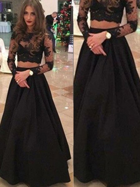 A-Line/Princess Black Lace Floor-Length Dresses with Lace