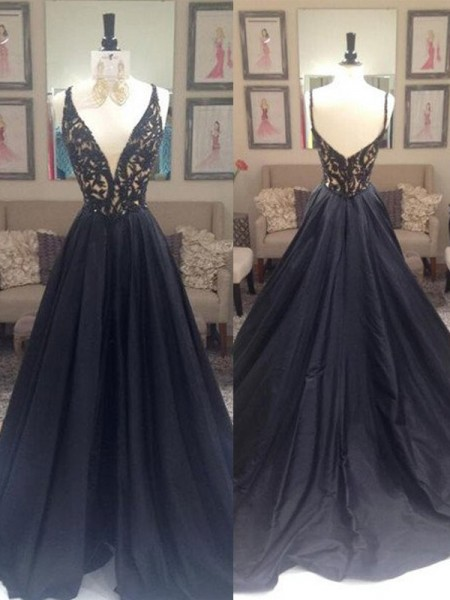 A-Line/Princess Black Taffeta Sweep/Brush Train Dresses with Beading
