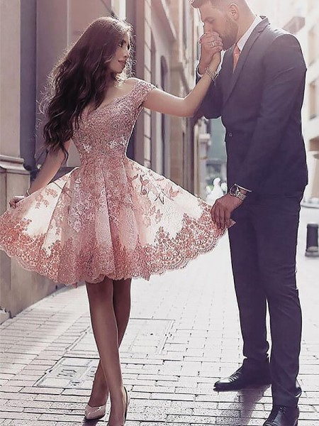 A-Line/Princess Pearl Pink Tulle Short/Mini Homecoming Dresses with Applique