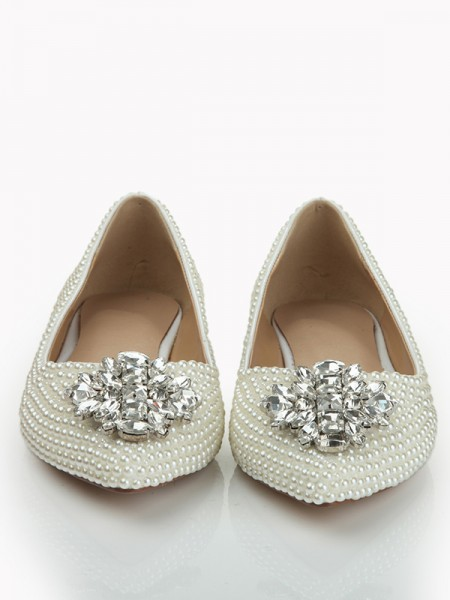 SheenOut Patent Leather Closed Toe Flat Heel With Pearl Rhinestone Flat Shoes S1LSDN1080LF