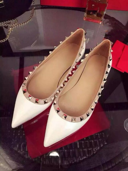 SheenOut White Flat Heel Sheepskin Closed Toe With Rivet Party Casual Flat Shoes S3LSDN050410LF