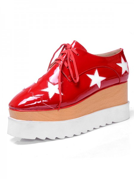 SheenOut Patent Leather Platform Closed Toe Fashion Sneakers Red Fashion Sneakers S5MA0388LF