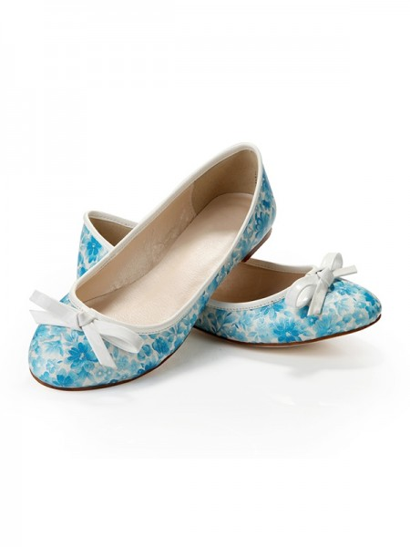 SheenOut Flat Heel Closed Toe With Bowknot Flat Shoes SLSDN1475LF
