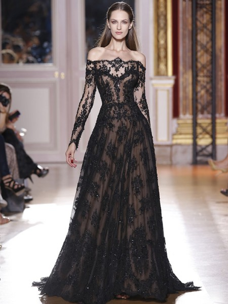 A-Line/Princess Black Lace Sweep/Brush Train Dresses with Applique