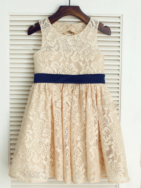 A-Line/Princess Champagne Lace Floor-Length Flower Girl Dresses with Bowknot