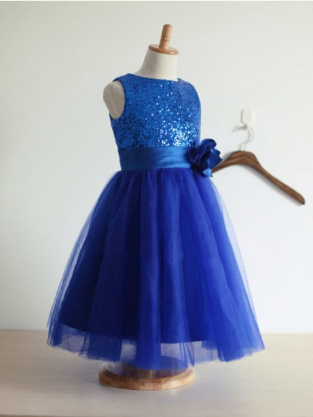 A-Line/Princess Royal Blue Tulle Floor-Length Flower Girl Dresses with Hand-Made Flower